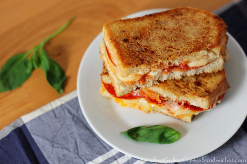 pepperoni pizza grilled cheese sandwich recipe