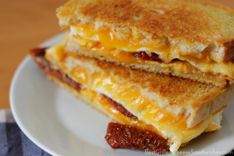 grilled egg and cheese sandwich recipe